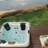 Villeroy & Boch outdoor whirlpool Black & White Edition
