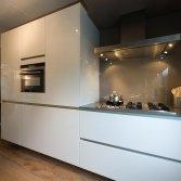 Witte hoogglans keuken Schuller