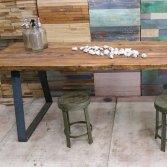 Woodindustries houten eettafels