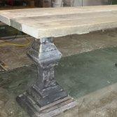 Woodindustries kloostertafels op maat gemaakt