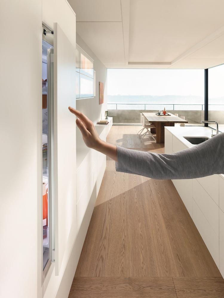 Blum servo-drive flex voor greeploze koelkast