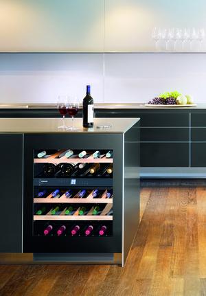 Liebherr wijnklimaatkast uwt 1682 vinidor product in beeld startpagina vo - Cave a vin 2 zones temperatures ...