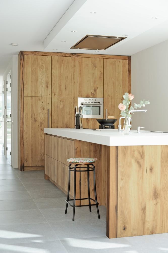 Houten Keuken Trapje : RestyleXL houten keuken van wagondelen Product in beeld