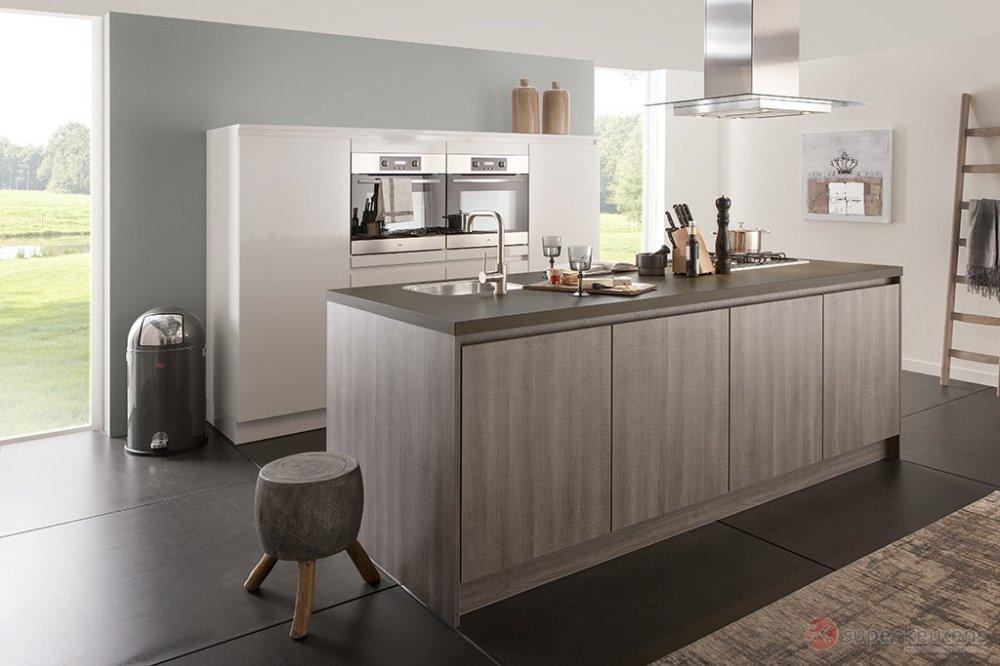 Keukendeur Grepen : Superkeukens keuken Benson/Ensor hazel oak en wit – Product in beeld