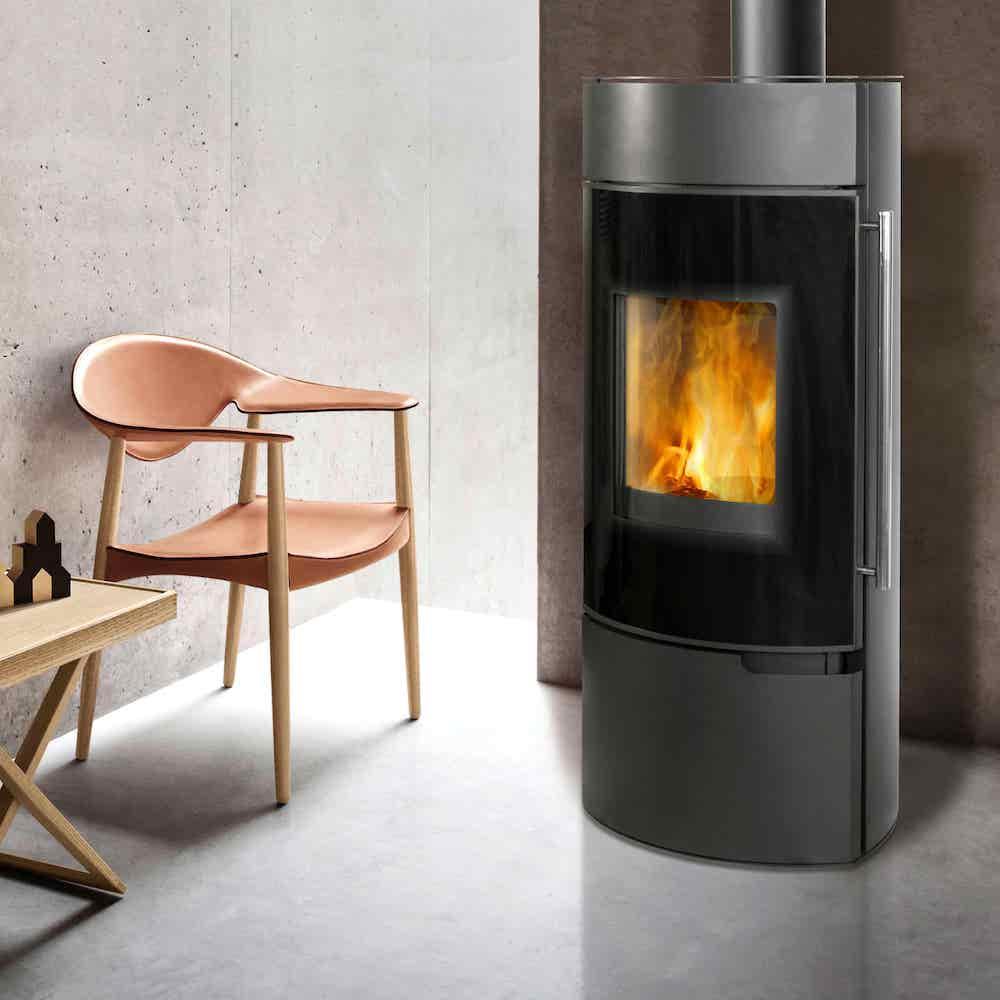 Moderne houtkachel van staal | Thermia