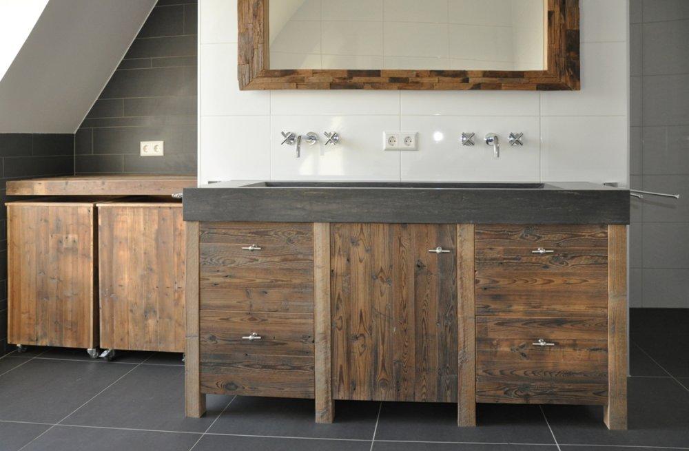 20 badkamer hout natuursteen brigee