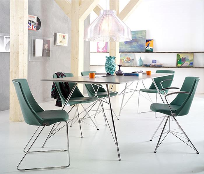 Bert plantagie eetkamer stoelen product in beeld startpagina voor interieur en wonen idee n - Hedendaagse stoelen eetkamer ...