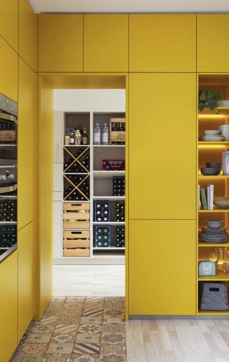 Luxe voorraadruimte | Bijkeuken.nl