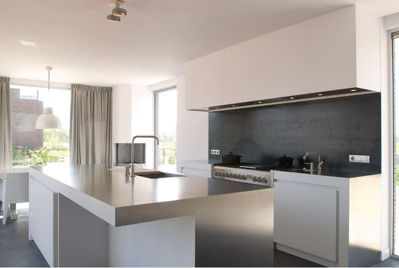 Culimaat Ligna Designkeuken : Blauwstaal keuken Jim - Product in beeld ...