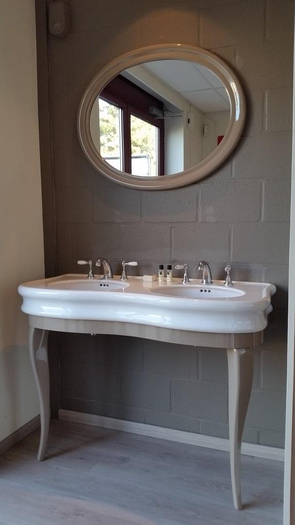Compleet badmeubel met kranen en spiegel -45%