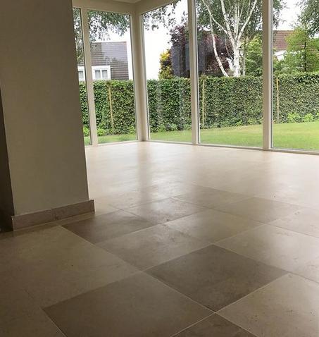 Franse kalksteen vloer polijsten | De Haan Natuursteen
