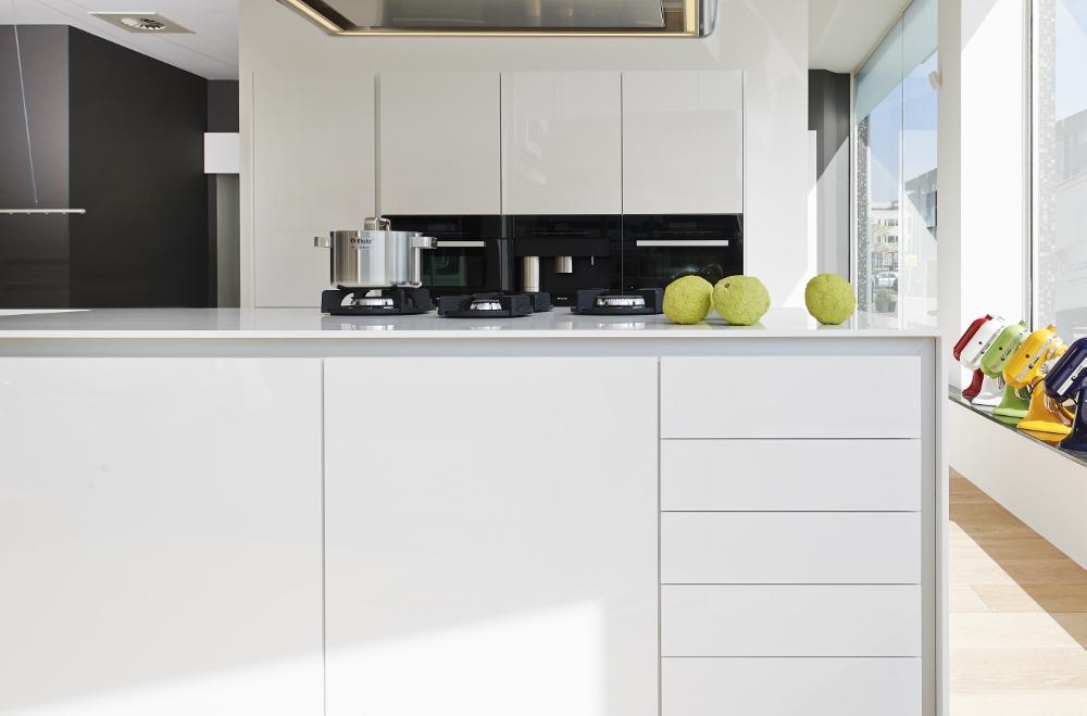 Werkbladen Keuken Corian : kookeiland solid surface – Product in beeld – Startpagina voor keuken