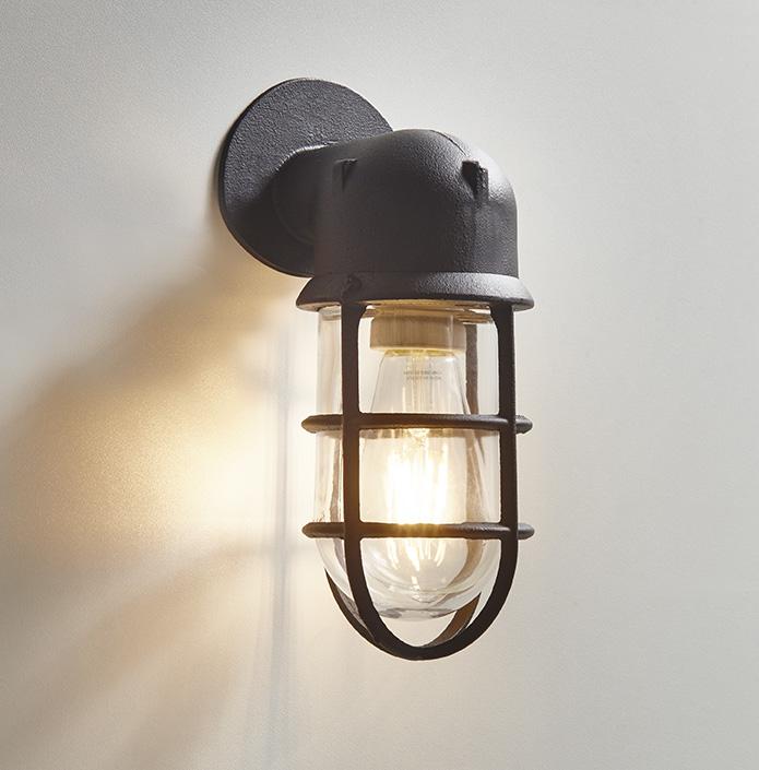 Industriële verlichting voor badkamer - Product in beeld ...