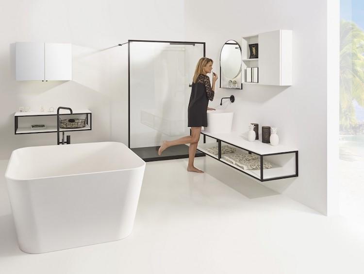 Trendy badkamer in zwart-wit