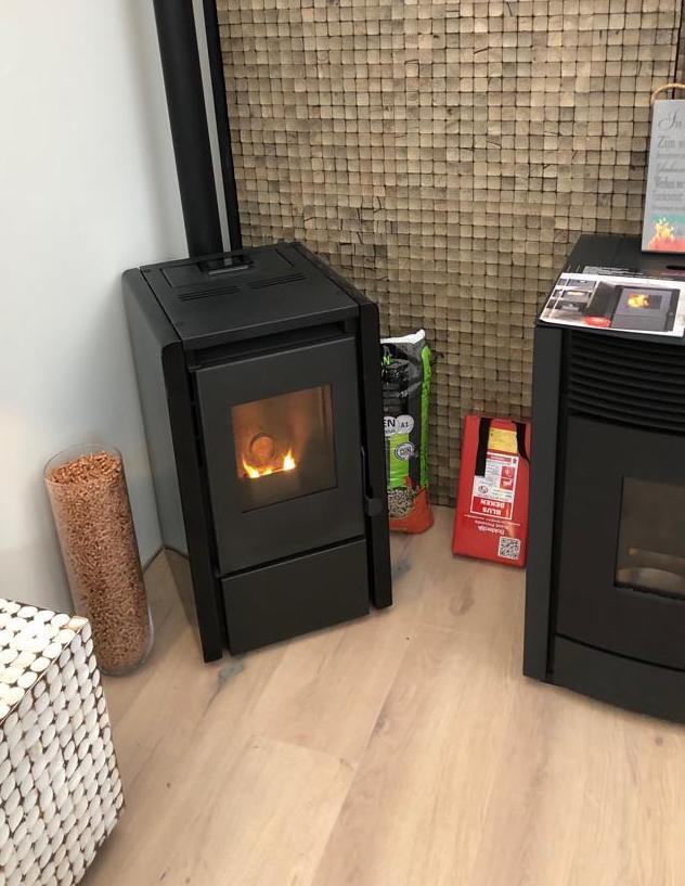 Kleine moderne pelletkachel | Ecofire