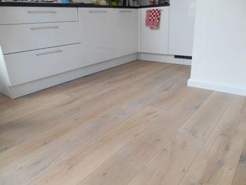 Eiken Pvc Vloer : Eiken houten vloer white wash bax houthandel product in beeld