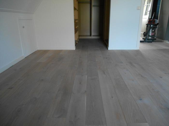 Eiken houten vloeren grey wash bax houthandel product in beeld
