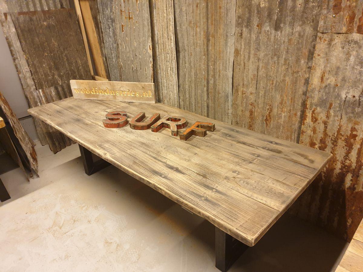 Eikenhouten gebinten barnwood tafel