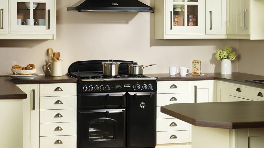 Falcon afzuigkap classic product in beeld startpagina voor keuken idee n uw - Fotos van keuken amenagee ...
