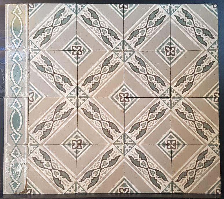 FLOORZ- Antieke vloertegels FR23