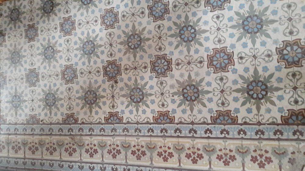 Vloerbedekking Met Motief : Floorz antieke vloertegels met motieven product in beeld