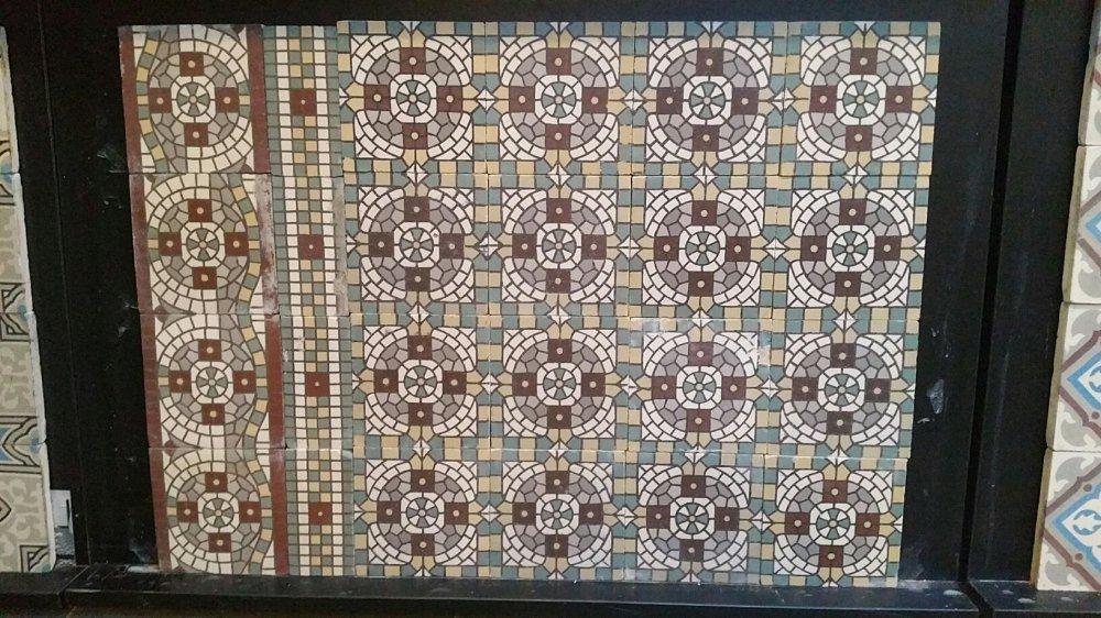 FLOORZ- Oude mozaiektegels