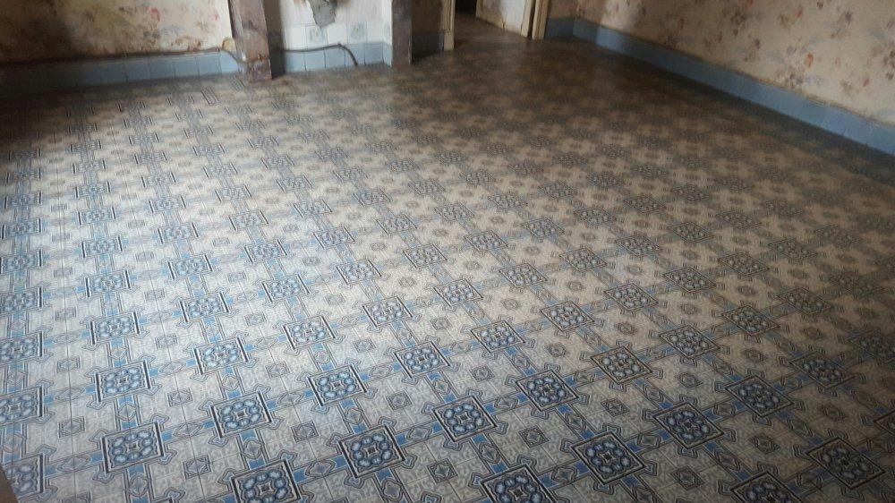 Floorz oude vloer r4 product in beeld startpagina voor vloerbedekking idee n uw - Beeld tegel imitatie parket ...