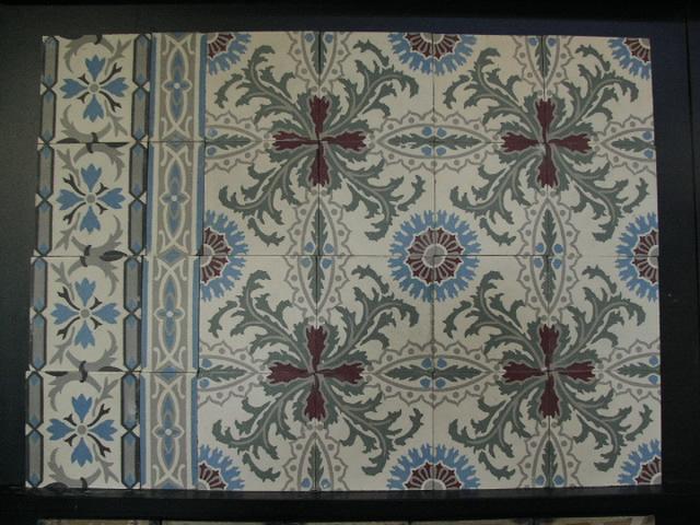 FLOORZ-Oude vloertegels C135