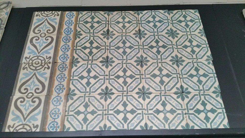 FLOORZ- Oude vloertegels C160