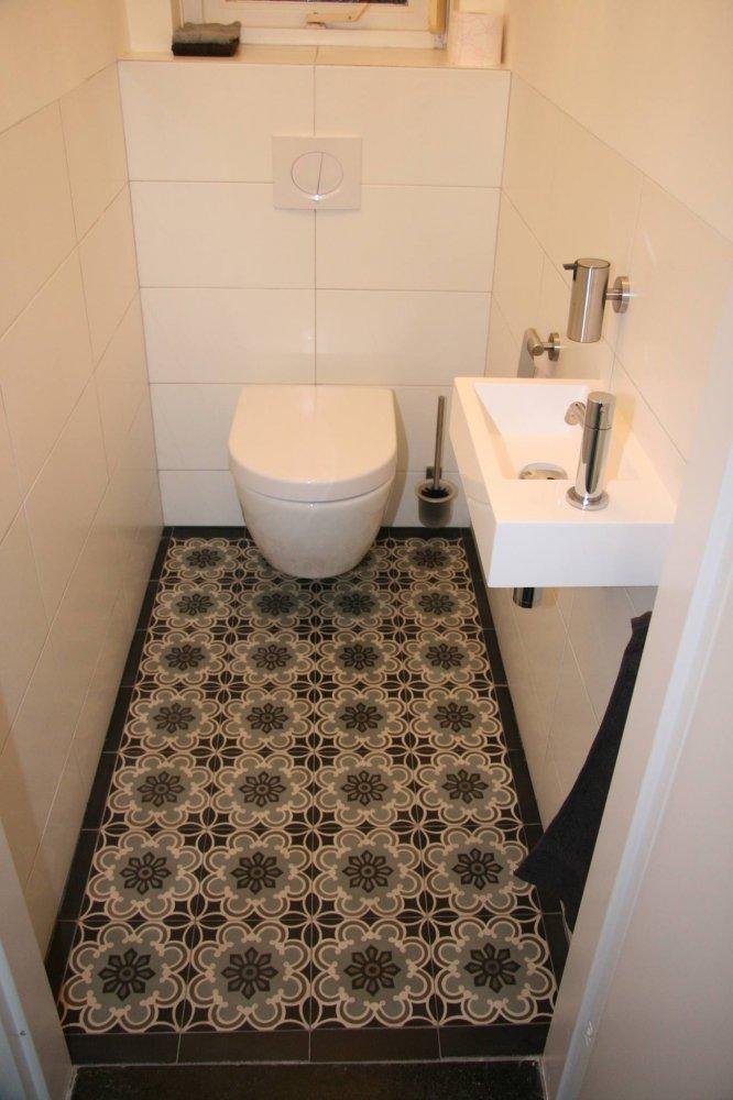 oude vloertegels badkamer brigee
