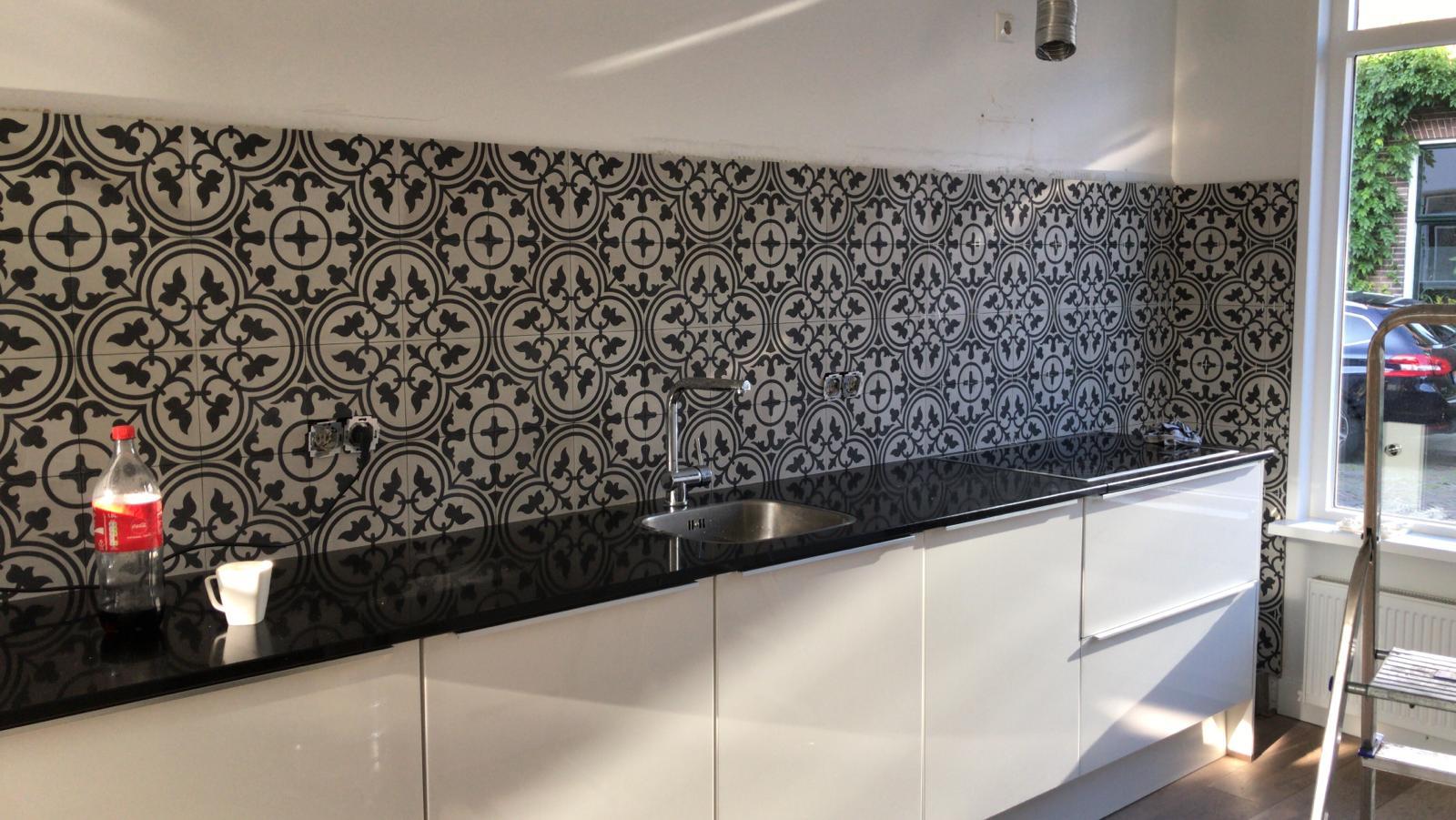 FLOORZ- Portugese tegels achterwand keuken
