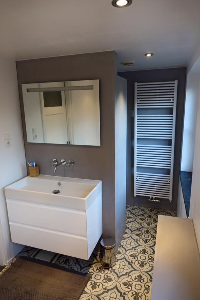 Floorz portugese tegels in de badkamer product in beeld startpagina voor vloerbedekking - Badkamer muur tegel ...