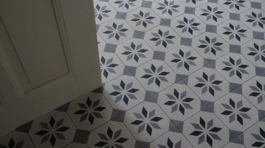 Tegels Voor Hal : Floorz portugese tegels in hal: sirius 01 product in beeld