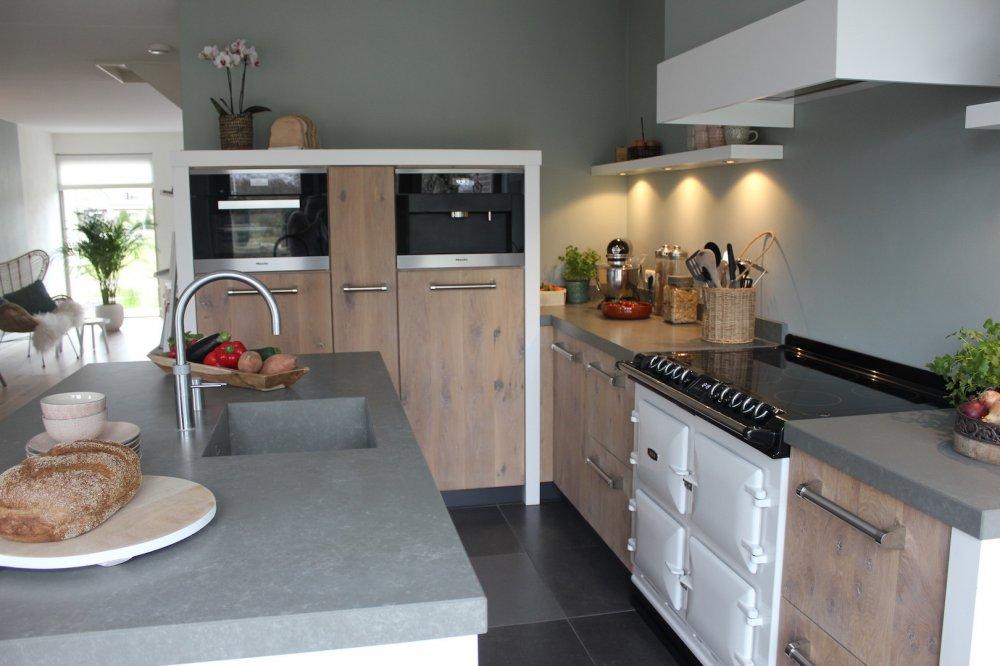 Landelijk Keuken Modern : Gerard hempen houten keukens landelijk modern product in beeld