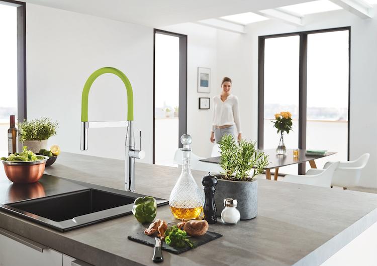Keukenkraan met minimalistische stijl product in beeld