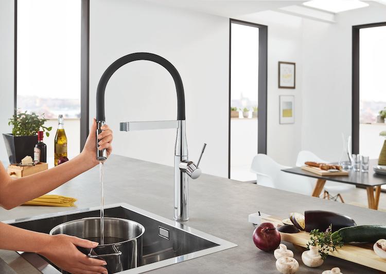 Keukenkraan met minimalistische stijl uw keuken.nl