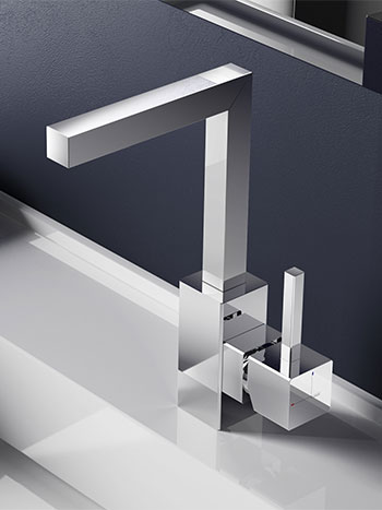 Bloke - Kubistiche perfectie | Hotbath