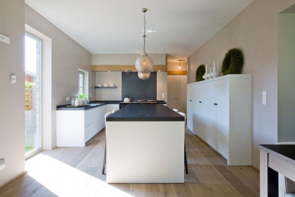 HoutAmbacht planken vloer in de keuken