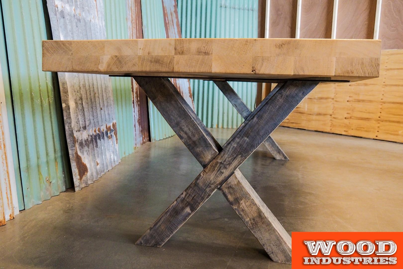Houten kruispoten | Woodindustries