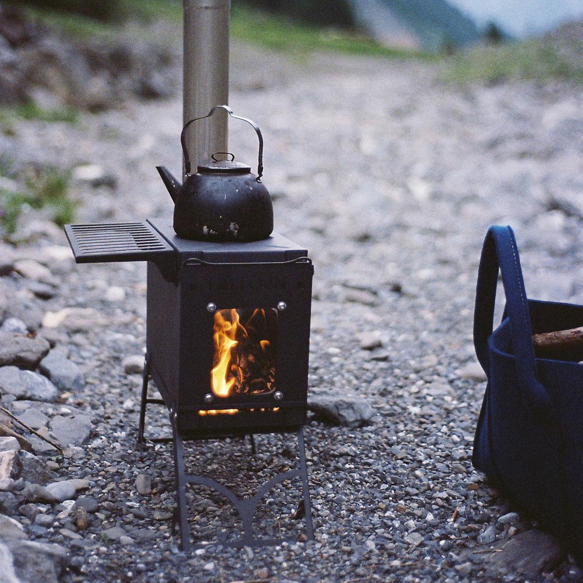 Houtkachel buiten Fältovn DIY | Leenders Haardkachels