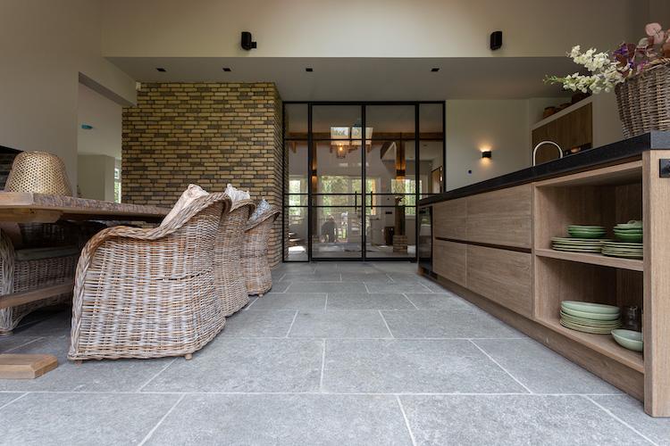 Leisteen grijs vloertegels | Kersbergen Natuursteen