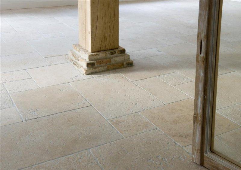 Travertin Voor Badkamer : Kersbergen natuursteen vloeren travertin light product in beeld