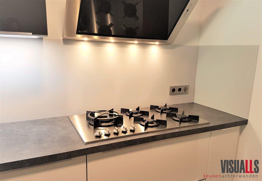 Keukenachterwand op bestaande tegels product in beeld