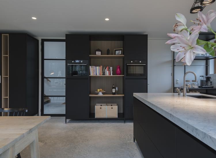 Keuken Van Antraciet : Moderne woonkeuken in antraciet product in beeld startpagina