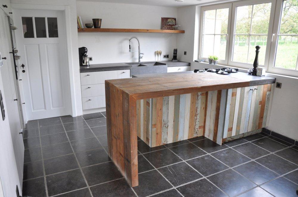 Keukens van sloophout restylexl product in beeld startpagina voor keuken idee n uw - Deco keuken oud land ...