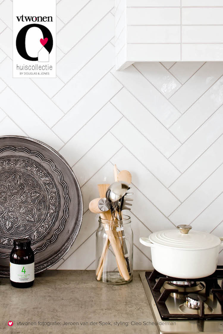 Keukentegel Mediterranea van vtwonen by Douglas & Jones