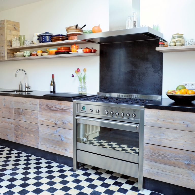 Eiken Keuken Planken : Klassieke houten keuken RestyleXL Product in beeld