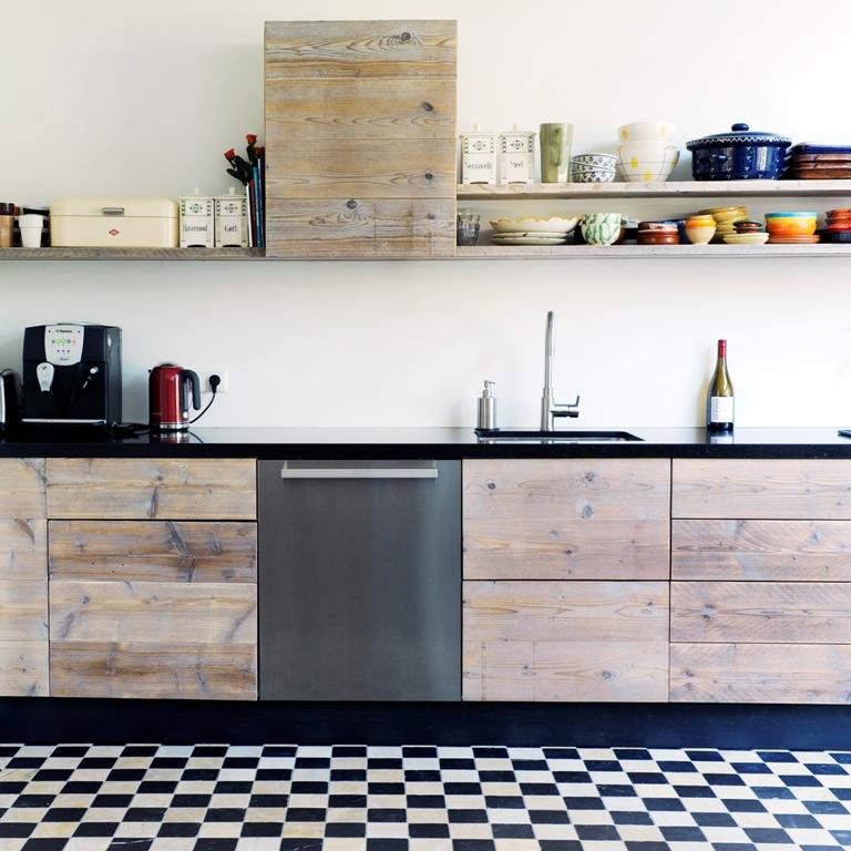 Klassieke houten keuken restylexl product in beeld startpagina voor keuken idee n uw - Deco keuken oud land ...