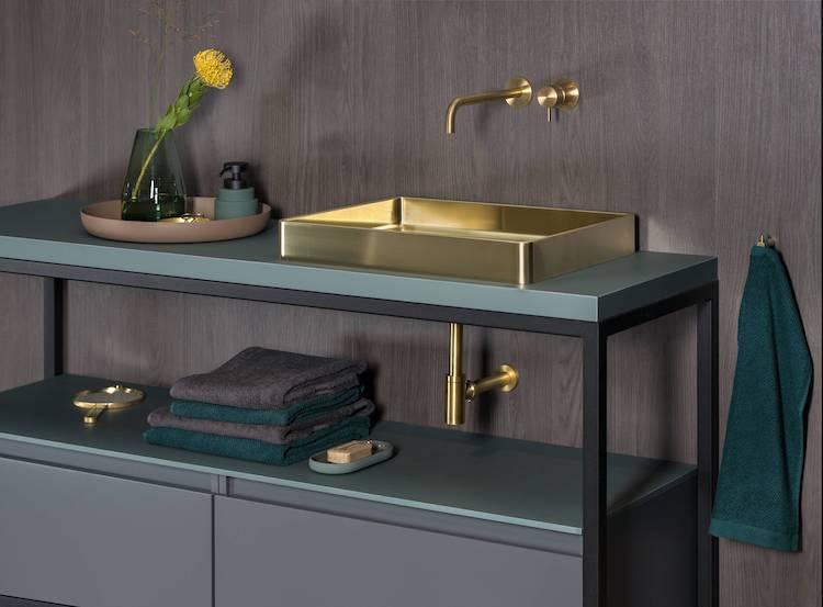 Badkamer met goud accent | Lanesto