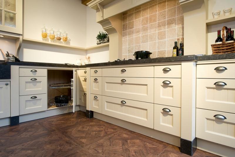 Tieleman exclusief kent handgemaakte landelijke keuken product in beeld startpagina voor - Tegel keuken oud ...